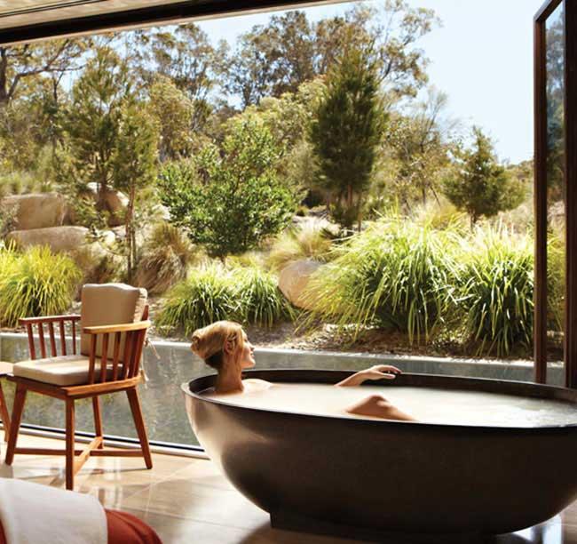 Room Bathing Seamlessly