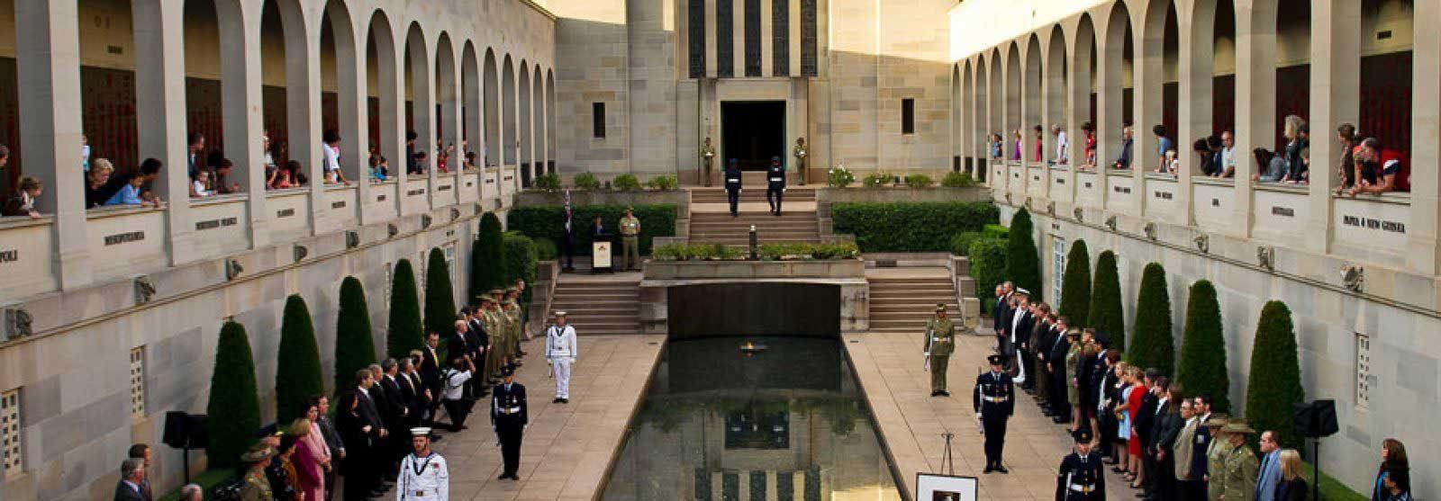 War Memorial Seamlessly