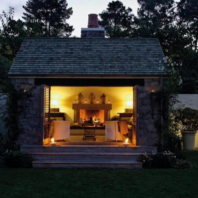 Alan Pye Cottage Outdoor In The Early Evening