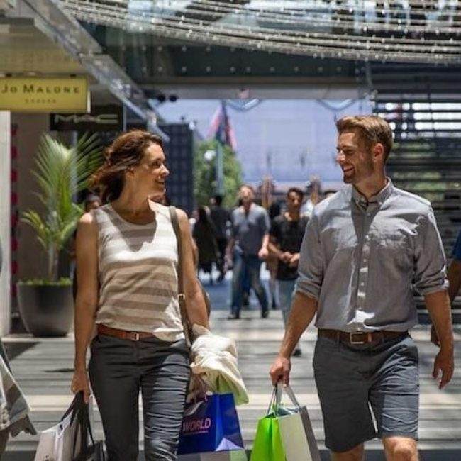 Auckland Couple Shopping