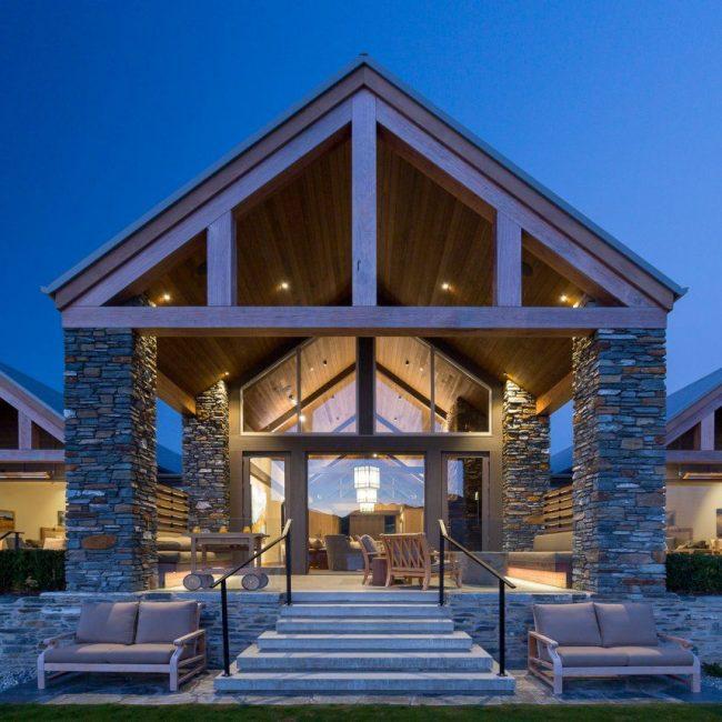 Blanket Bay Lodge Front