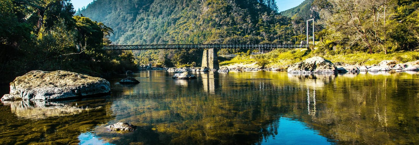 karangahake-gorge-reflections