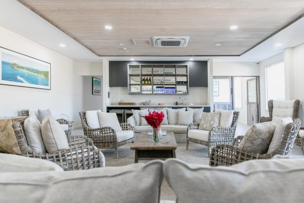 Luxury Transfer Lounge