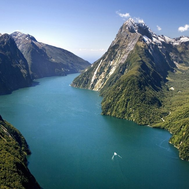 New Zealand South Island Fiordland National Park Milford Sound