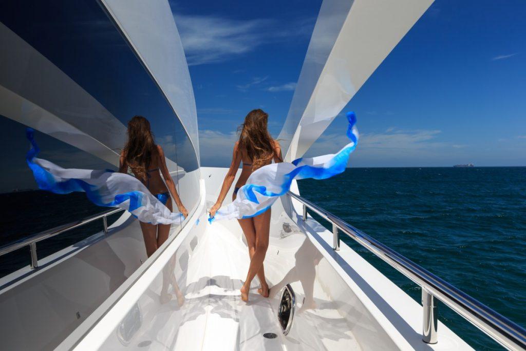Dewar Sail the South Pacific